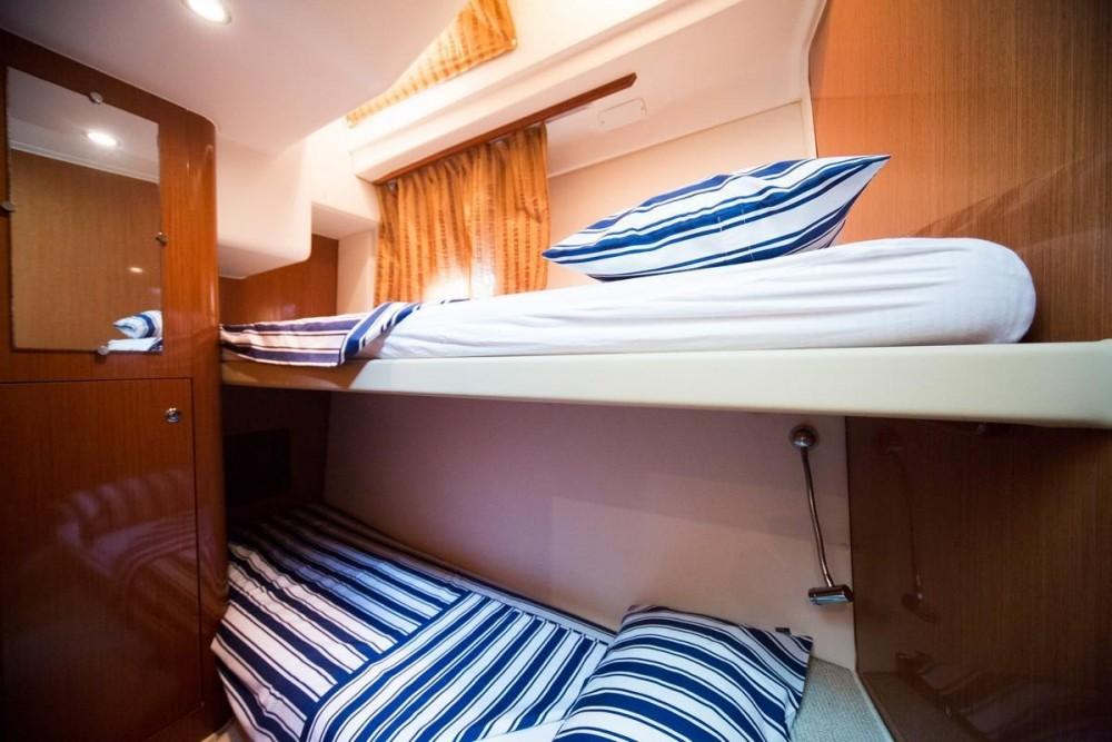 Alquiler de barcos Croacia barato de Prestige 42 Fly