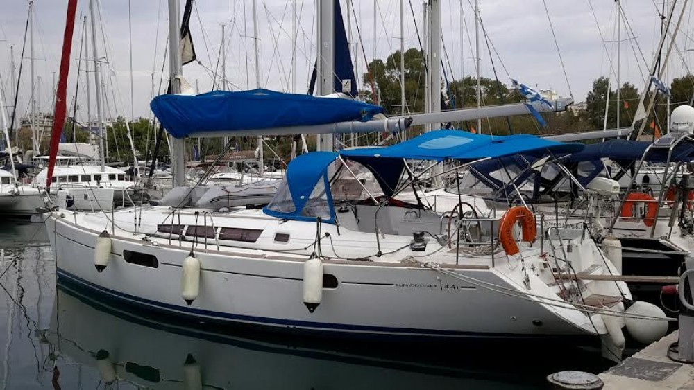 Alquiler de barcos Peloponnese barato de Sun Odyssey 44i