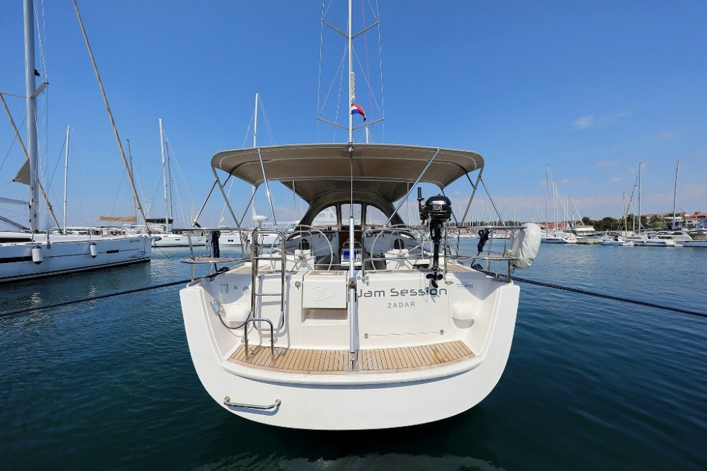 Alquiler Velero Delphia-Yachts con título de navegación