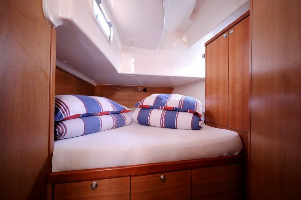 Delphia-Yachts Delphia 47 - 4 + 1 cab. entre particulares y profesional Marina Šangulin