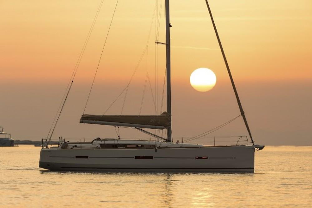 Alquiler de barcos Šibenik barato de Dufour 460 Grand Large