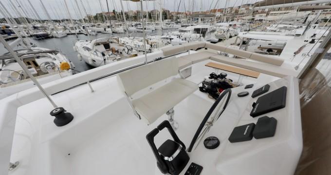 Dufour Dufour 48 Catamaran - 5 + 1 cab. entre particulares y profesional Šibenik