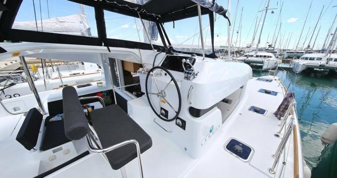 Catamarán para alquilar Biograd na Moru al mejor precio