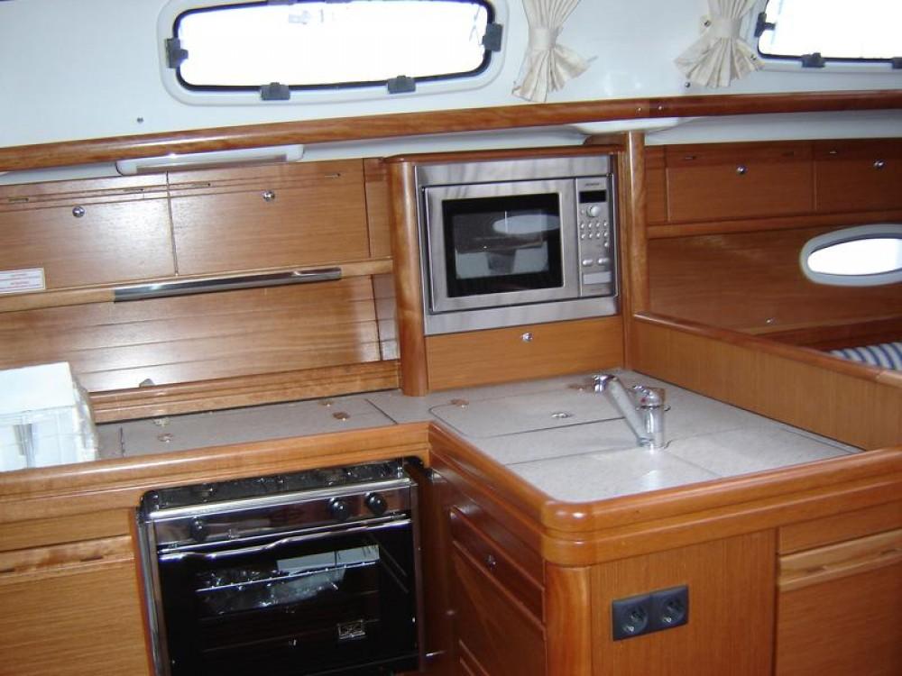 Alquiler Velero en Marina Šangulin - Bavaria Cruiser 38