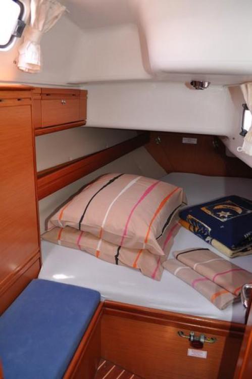 Alquiler de barcos Marina Šangulin barato de Cruiser 38