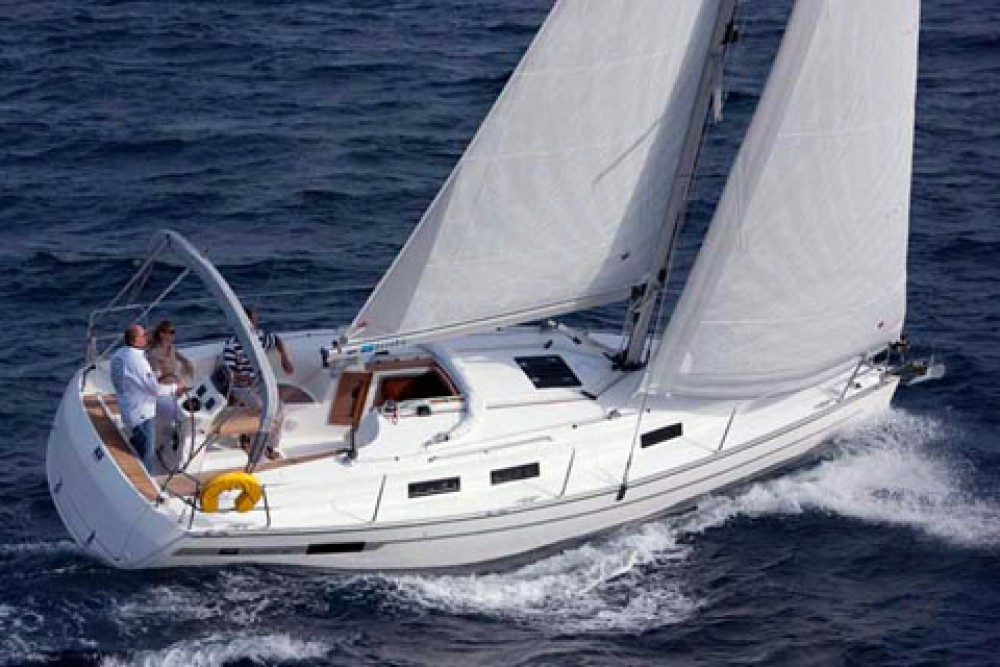 Alquiler de yate Marina Šangulin - Bavaria Cruiser 32 en SamBoat