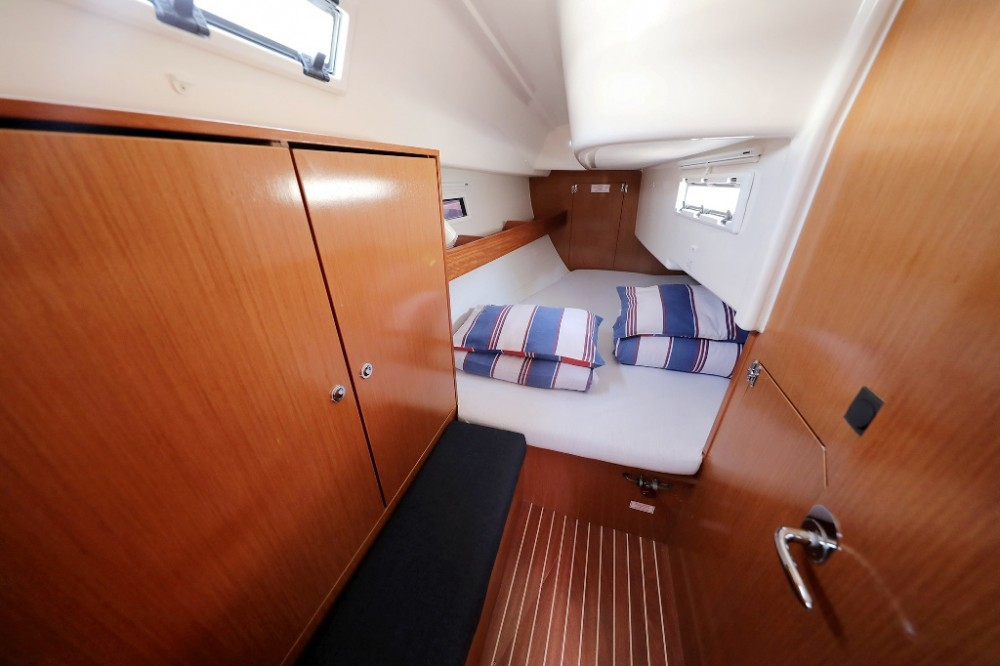 Alquiler Velero en Marina Šangulin - Bavaria Cruiser 32