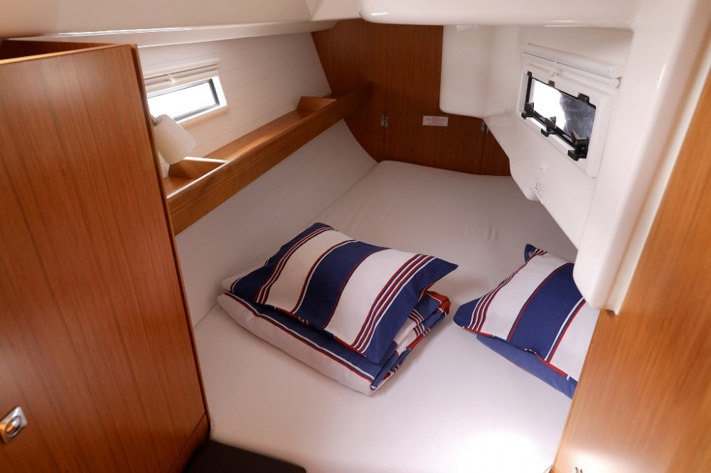 Bavaria Cruiser 33 entre particulares y profesional