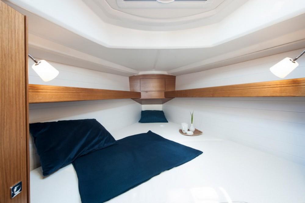 Alquiler Velero en Marina Šangulin - Bavaria Cruiser 33