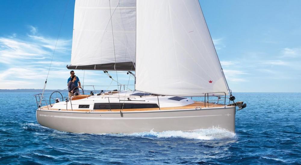 Alquiler de yate  - Bavaria Cruiser 34 en SamBoat