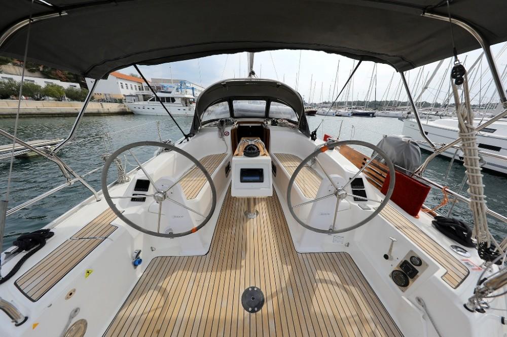 Alquiler de barcos  barato de Cruiser 34