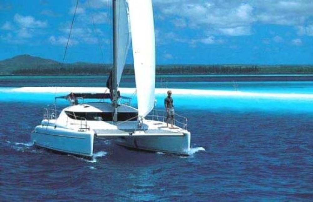 Fountaine Pajot Athena 38 entre particulares y profesional Marmaris Yacht Marina A.Ş