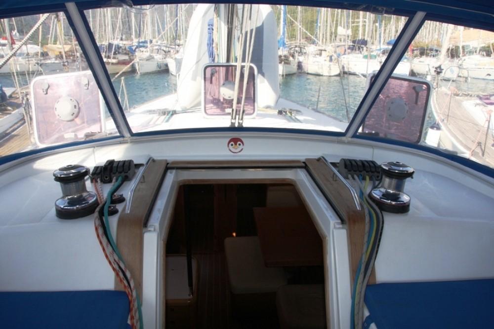 Alquiler de yate Marmaris Yacht Marina A.Ş - Jeanneau Jeanneau 53 en SamBoat