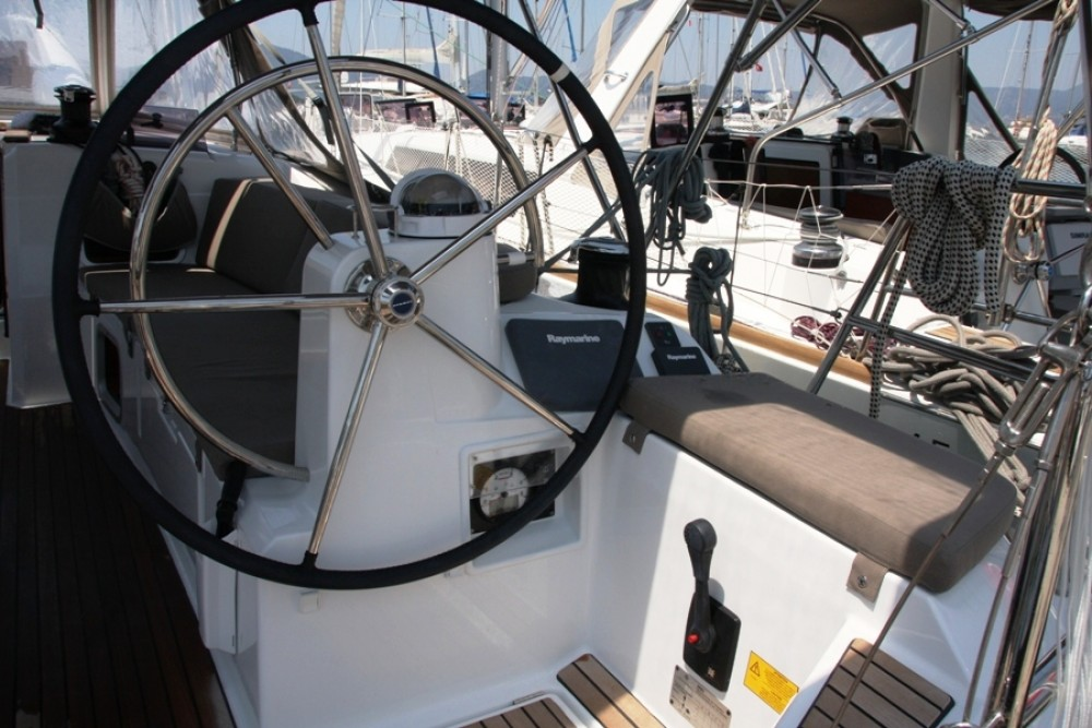 Alquiler de barcos Jeanneau Sun Odyssey 479 enMarmaris Yacht Marina A.Ş en Samboat