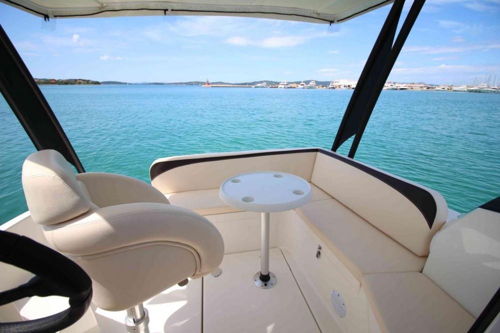 Alquiler de Balt-Yacht Balt 818 Titanium en Kukljica