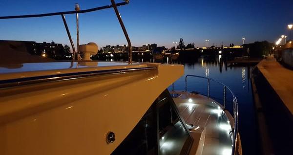 Alquiler de barcos Kukljica barato de Futura 36