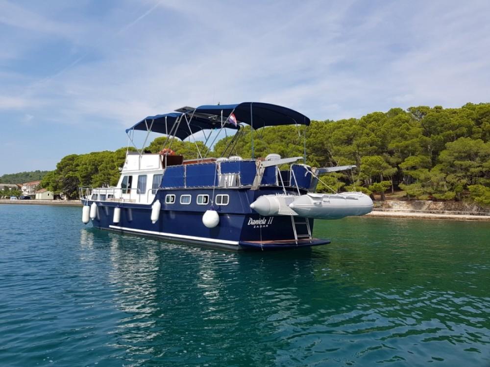 Alquiler de barcos De-Groot Payo 1225 Fly en en Samboat
