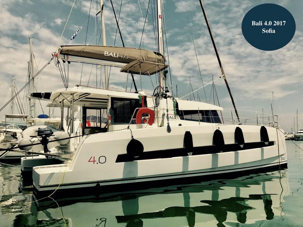 Alquiler de barcos Catana Bali 4.0 - 4 + 2 cab. enCorfou en Samboat
