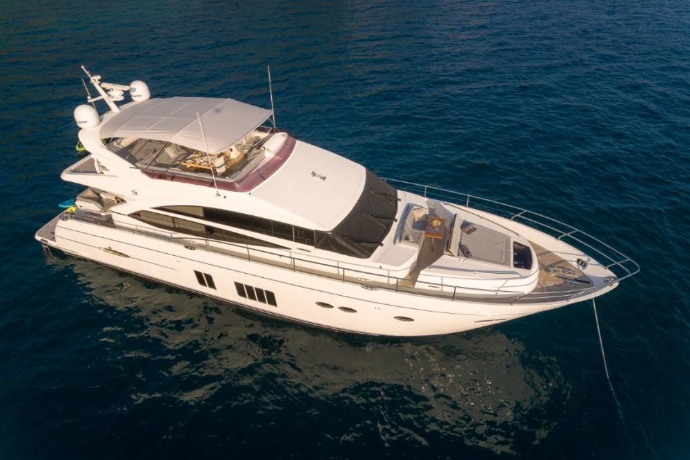 Alquiler de barcos Princess-Yachts Princess 72 Flybridge - 4 + 1 cab. enPodstrana en Samboat