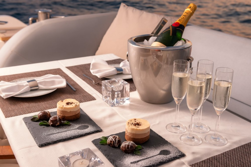 Alquiler de yate Podstrana - Princess-Yachts Princess 72 Flybridge - 4 + 1 cab. en SamBoat