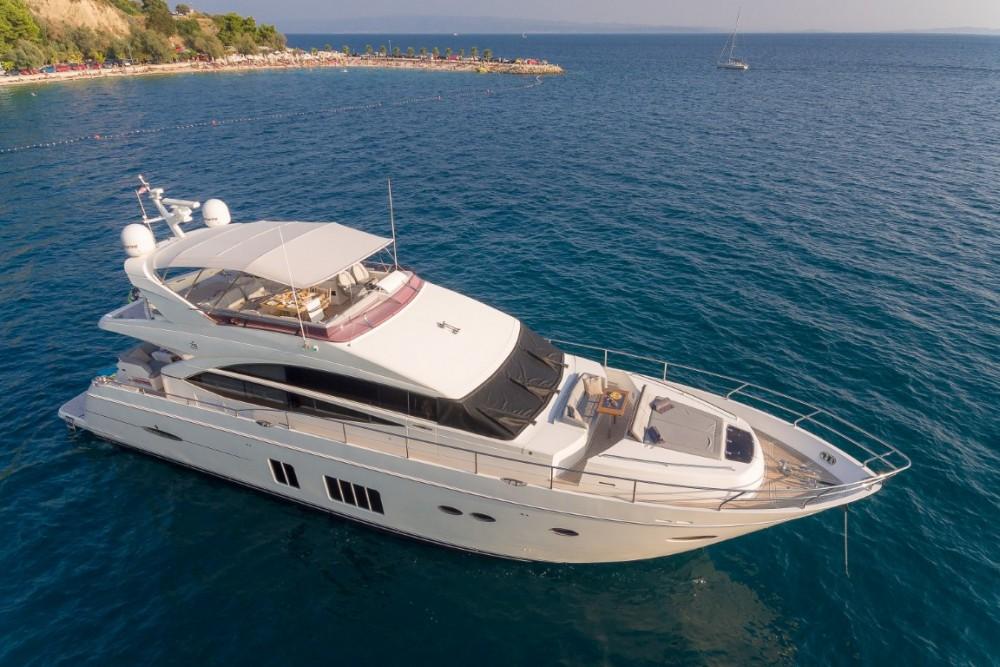 Princess-Yachts Princess 72 Flybridge - 4 + 1 cab. entre particulares y profesional Podstrana