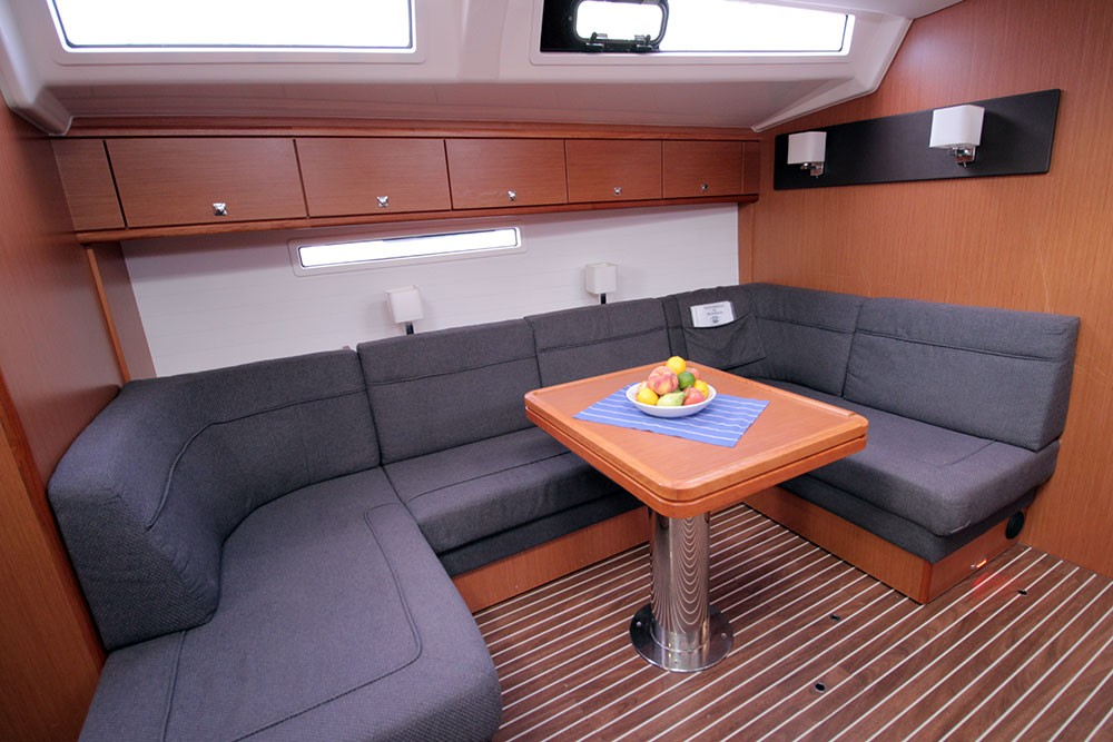 Alquiler de barcos Playa de Palma barato de Cruiser 56