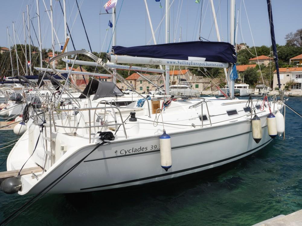 Alquiler de yate Rogač - Bénéteau Cyclades 39.3 en SamBoat