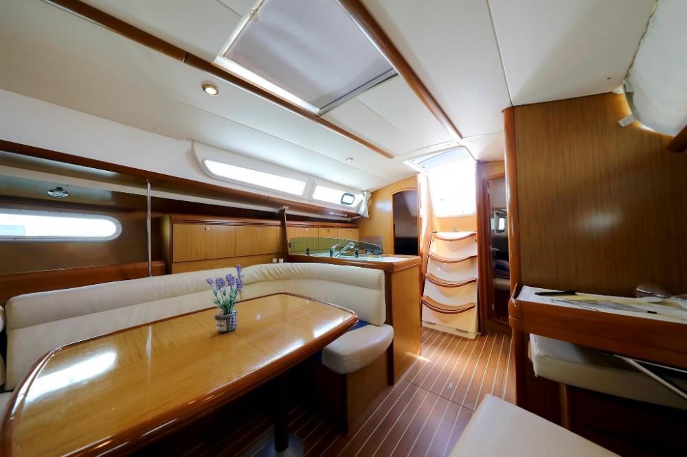 Alquiler de barcos  barato de Sun Odyssey 39i