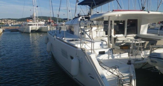 Alquiler Catamarán en Atenas - Lagoon Lagoon 400 S2