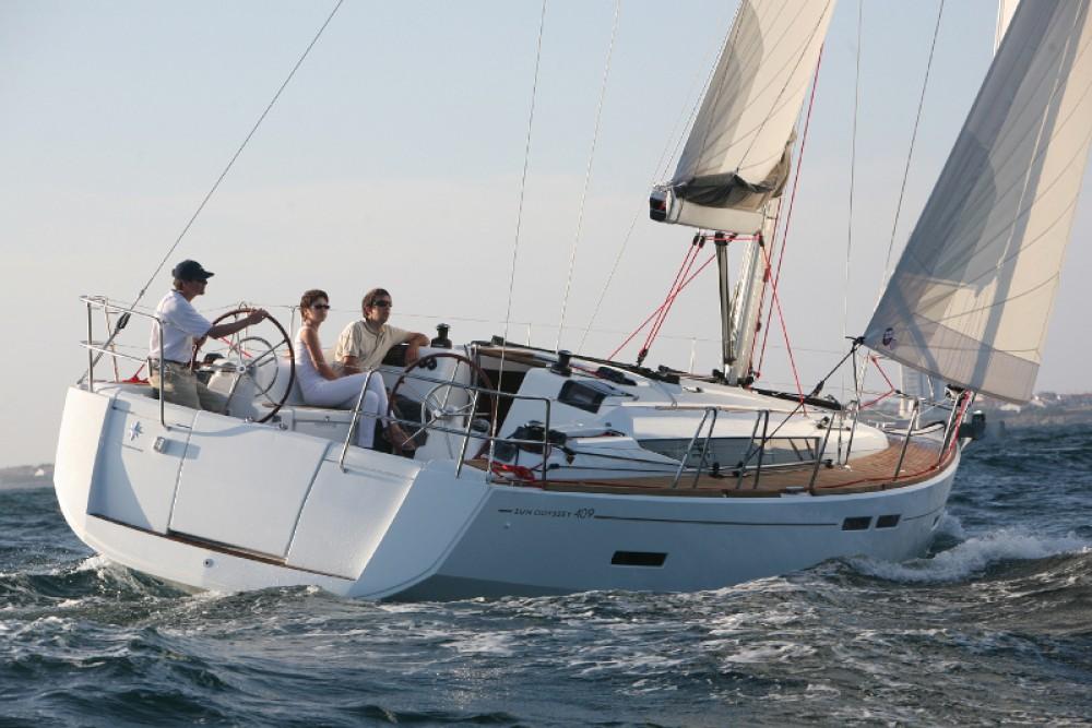 Alquiler de barcos Jeanneau Sun Odyssey 409 enGöcek en Samboat