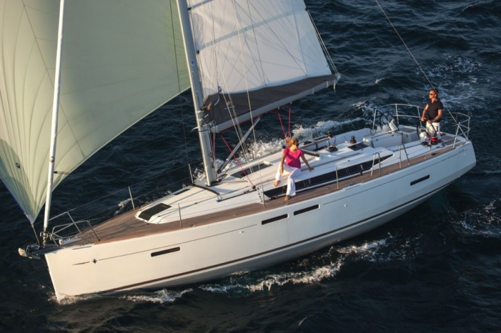 Jeanneau Sun Odyssey 419 entre particulares y profesional Seget Donji