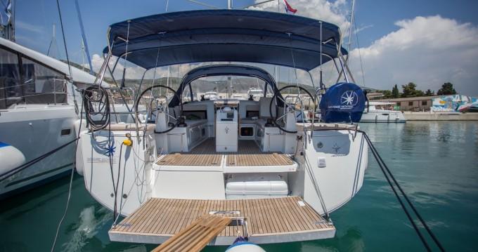 Alquiler de barcos Donji Seget barato de Sun Odyssey 440