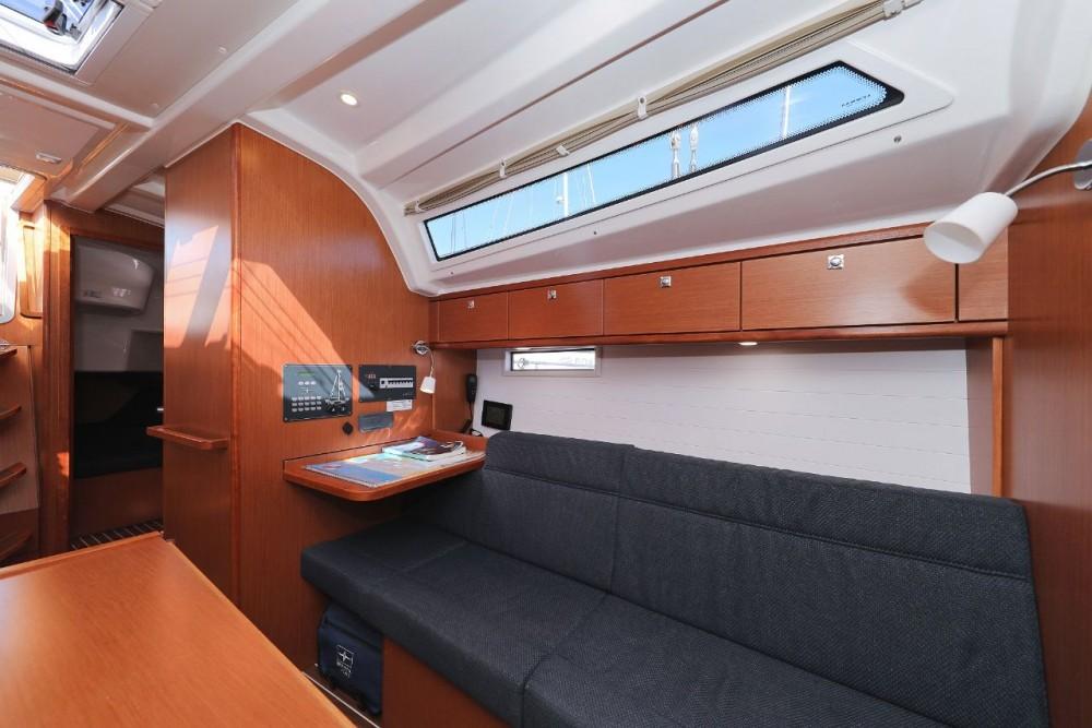 Alquiler de yate D-Marin Borik - Bavaria Cruiser 37 en SamBoat
