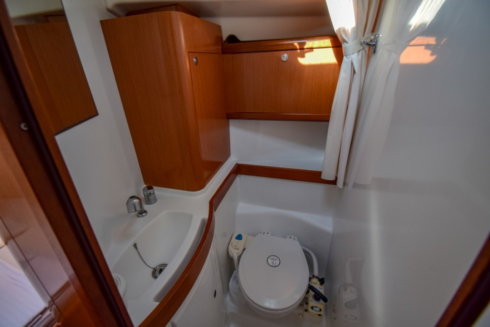 Bénéteau Oceanis 40 entre particulares y profesional Marmaris Yacht Marina A.Ş