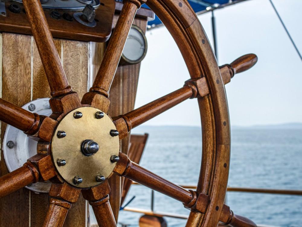 Alquiler Velero  con título de navegación