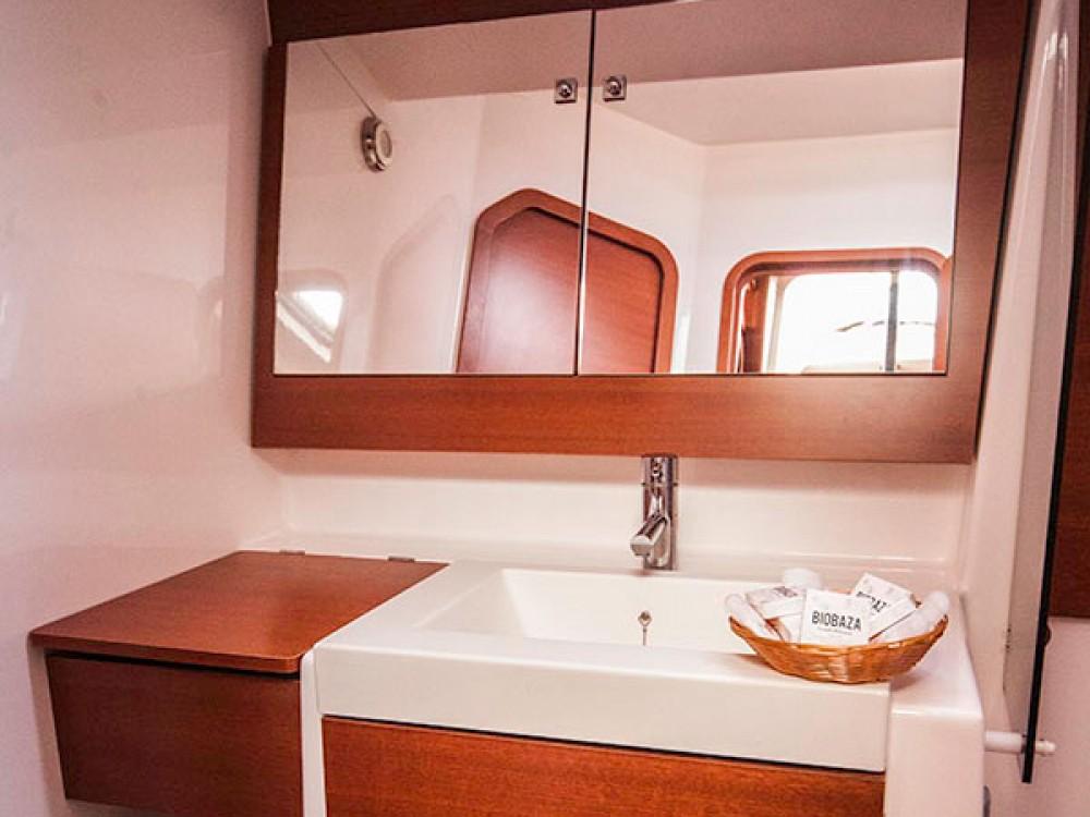 Alquiler de barcos Primošten barato de Dufour 560 Grand Large