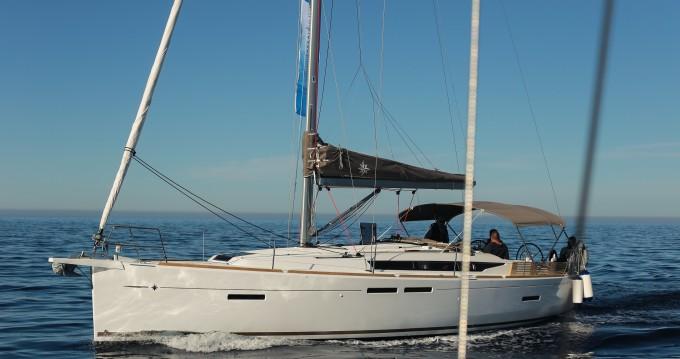 Alquiler de barcos Jeanneau Sun Odyssey 419 enPloče en Samboat