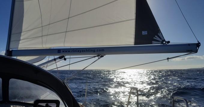 Alquiler de barcos Atenas barato de Cruiser 51