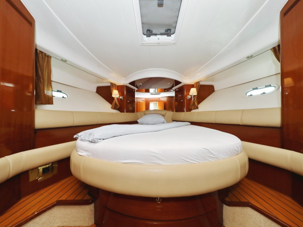 Alquiler de Jeanneau Jeanneau Prestige 46 Fly en Sukošan