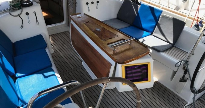 Alquiler de yate Tenerife (Isla) - Bénéteau Oceanis 43 en SamBoat