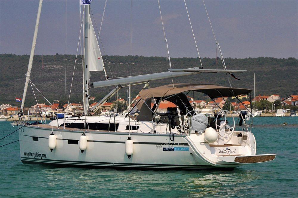 Alquiler de barcos  barato de Cruiser 37