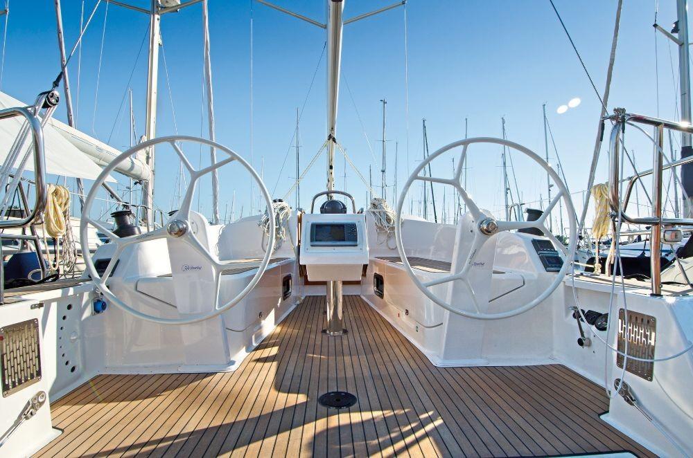 Bavaria Cruiser 37 entre particulares y profesional