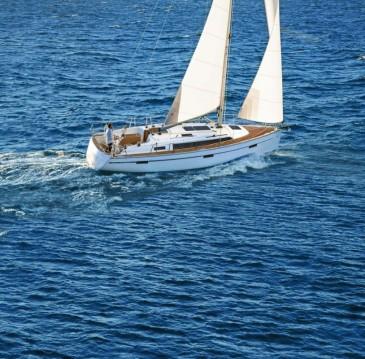 Alquiler de Bavaria Cruiser 37 en Kornić