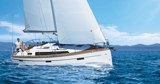 Alquiler de Bavaria Cruiser 37 en Punat