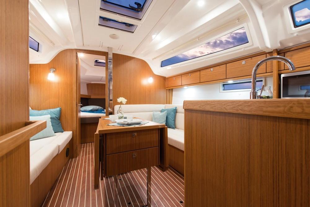 Alquiler Velero en Zadar - Bavaria Cruiser 37