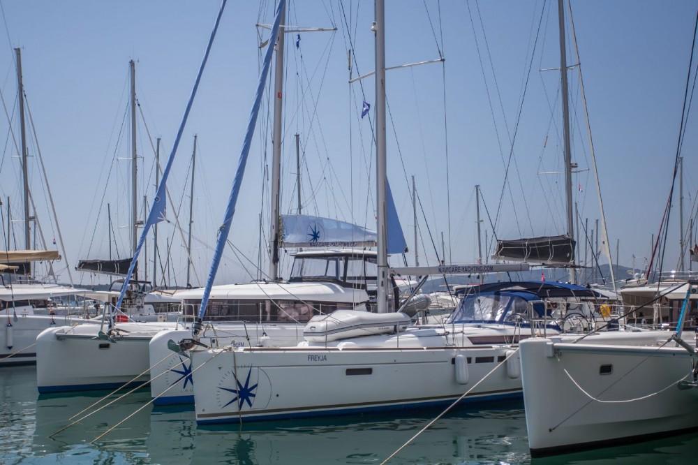 Alquiler de yate Seget Donji - Jeanneau Sun Odyssey 519 en SamBoat
