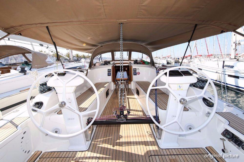 Alquiler de barcos  barato de Cruiser 41 S