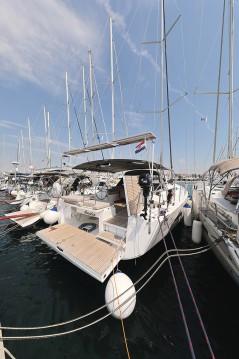 Alquiler de Dufour Dufour 56 Exclusive en Trogir