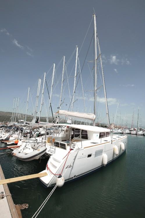 Alquiler de barcos Trogir barato de Lagoon 400