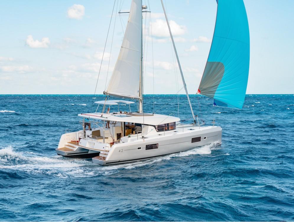 Alquiler de barcos  barato de Lagoon 42 - 4 + 2 cab.